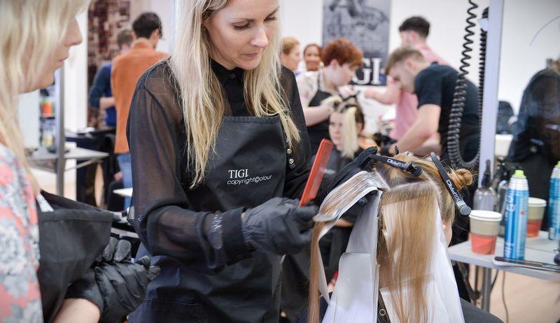 Индивидуальные парикмахерские курсы в Санкт Петербурге