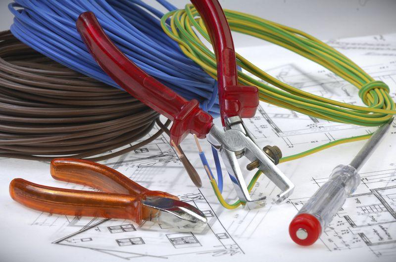 Будущие электрикы: готовимся к поступлению в учебную студию (класс)