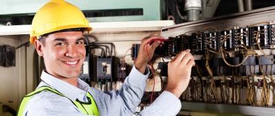 Где и чему учат в школе электромонтажников